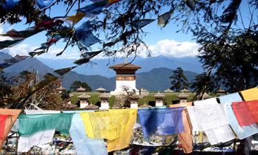 Bhutan Reisen Dochula Tempel