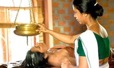 Kairali Ayurveda Behandlung