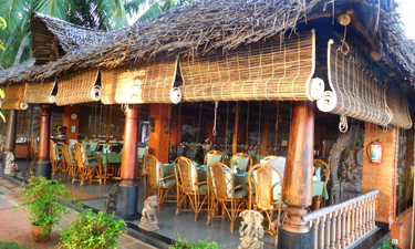 Manaltheeram Ayurveda Beach Village Restaurant
