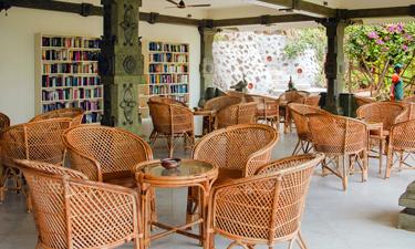 Somatheeram Ayurvedic Health Resort Bibliothek