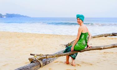 Surya Lanka Lage und Klima