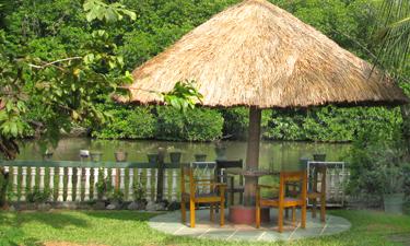 Muthumuni River Resort Zimmer Fluss Blick