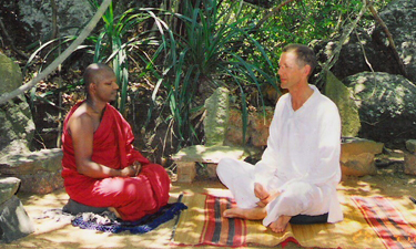 Muthumuni River Yoga und Meditation